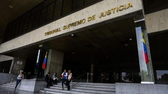 TSJ corrige la sentencia que generó un impasse entre los Poderes Públicos del país. | Foto: EFE