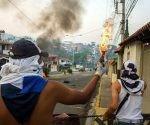 La apuesta de la oposición venezolana es provocar la inestabilidad del país a través de la violencia contra el propio pueblo que dicen defender. Foto: Colprensa/ Vanguardia Liberal.