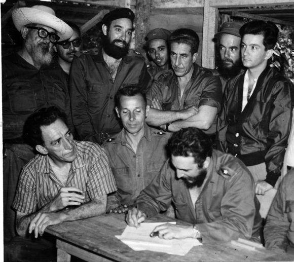 A la Sierra regresaron, para liberar los campos de Cuba