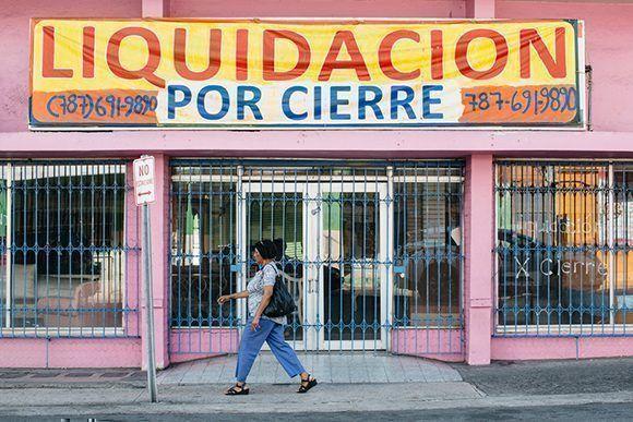 Todos están en bancarrota: Los puertorriqueños y la crisis económica