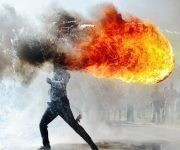 """La protesta residencial de Grabouw"" (Sudáfrica) Phandulwazi Jikelo. Foto: Stenincontest."