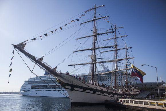 Tripulación de buque escuela venezolano comienza actividades en Cuba (+ Fotos)