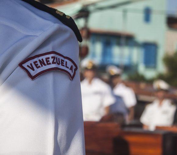 Buque Escuela Simón Bolívar llega a puerto habanero. Foto: L Eduardo Domínguez/ Cubadebate