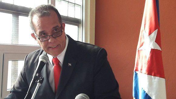 carlos-cespedes-embajador-guatemala