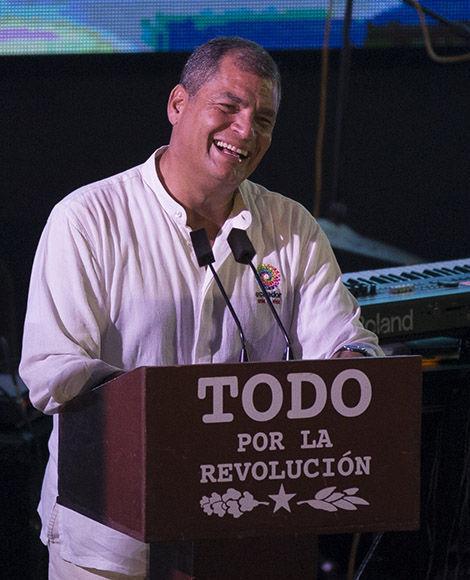 Rafael Correa interviene en el encuentro. Foto: Ismael Francisco/ Cubadebate.