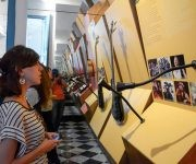 Participantes en la inauguración de la salas permanentes del centro para la interpretación de las relaciones culturales Cuba-Europa, en el Palacio del Segundo cabo, en La Habana Vieja, a propósito de celebrarse el día de Europa, el 9 de mayo de 2017. Foto: ACN/ Abel Padrón.