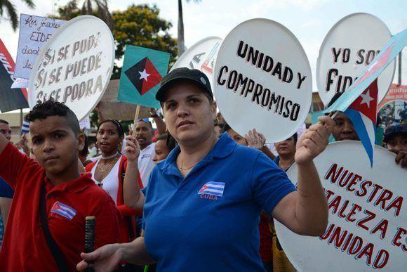 La juventud hizo vibrar las plazas durante la celebración del Día Internacional de los Trabajadores, en Sancti Spíritus, Cuba, el 1 de mayo de 2017. ACN FOTO/Oscar ALFONSO SOSA/sdl