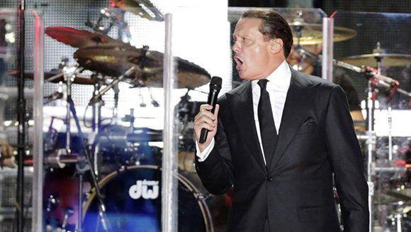 El afamado cantante mexicano, Luis Miguel, fue arrestado en la ciudad de Los Ángeles y puesto en libertad horas después, tras pagar la fianza. Foto: Reuters/ Archivo.