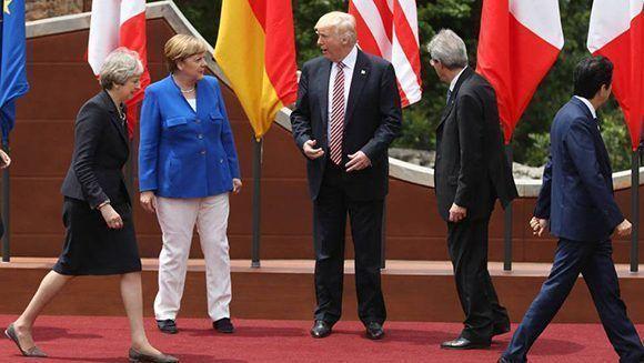 Durante la Cumbre del G7: de izq a der: Theresa May (Reino Unido), Angela Merkel (Alemania), Donald trump (EE.UU.), Paolo Gentiloni (Italia) y Shinzo Abe (Japón). Foto: ATLAS.