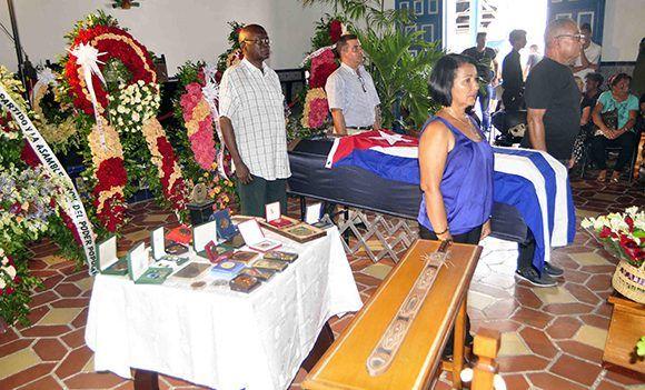 Electo Silva Gainza, Premio Nacional de la Música, quien hace más de medio siglo fundó el prestigioso Orfeón Santiago, falleció a los 89 años de edad, con su deceso Cuba pierde un pilar de la cultura cubana en general, y de la música coral en particular. Foto: ACN/ Miguel Rubiera.