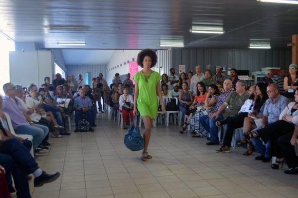 Feria Arte para Mamá. Foto: Marianela Dufflar / Cubadebate