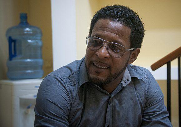 Javier Sotomayor se siente ofendido por esta decisión. Foto: Irene Pérez/ Cubadebate.