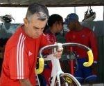 juan-fernandez-gonzalez-fallecido-mecanico-ciclismo-cuba-foto-armando-hernandez-300