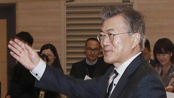 El líder del Partido Democrático, Moon Jae-in, es el favorito según las últimas encuestas. Foto: AP.
