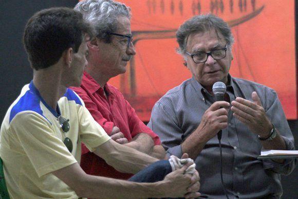 Abel Rodríguez (Guionista), Fernando Pérez (Director) y Raúl Pérez Ureta (Director de Fotografía), en conferencia de prensa. Foto: Daylén Vega / Cubadebate