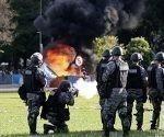 policia-brasilena-contra-la-manifestacion