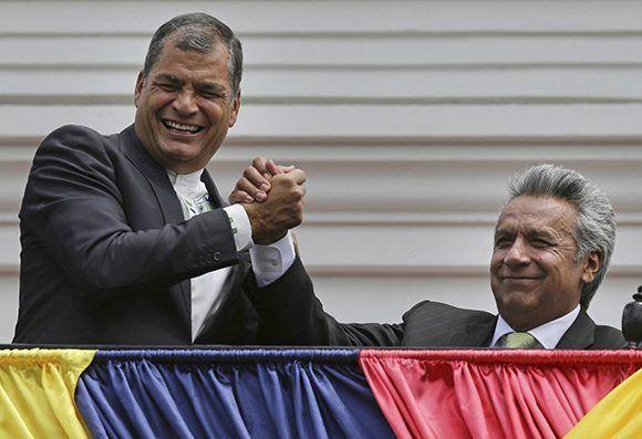 Uno de los desafío de Lenín Moreno es llegara al poder luego de un liderazgo construido durante una década por Rafael Corre. Foto: AP.