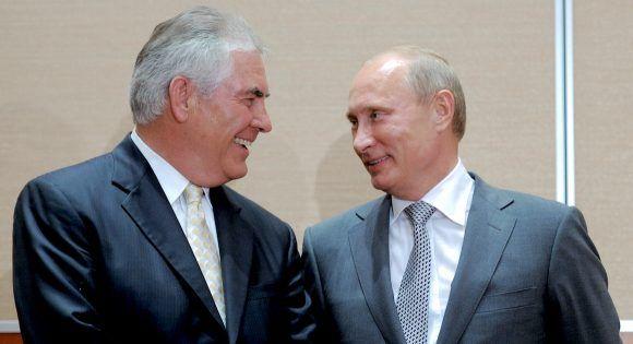 Rex Tillerson y Vladimir Putin. Foto tomada de Politico.