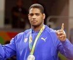 Yasmany Lugo, de Cuba, ganador de la medalla de Plata en la categoría de 98  Kg. de la Lucha Grecorromana de los Juegos Olímpicos de Río de Janeiro, en el Arena Carioca 2, en Barra de Tijuca,  Brasil, el 16 de agosto de 2016. JIT FOTO/Roberto MOREJÓN RODRÍGUEZ/JIT/sdl