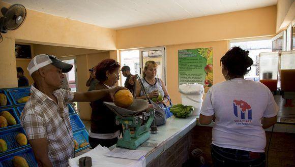 Mercado el Mamey. Santa Clara. Foto: Ismael Francisco/Cubadebate.