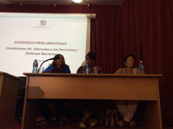 La audiencia parlamentaria sometió a revisión pública las cifras correspondientes a la accidentalidad en La Habana.Foto: María del Carmen Ramón/ Cubadebate.