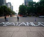 Periodistas protestan en el Ángel por el asesinato de Javier Valdez. Foto: Xinhua / Francisco Cañedo