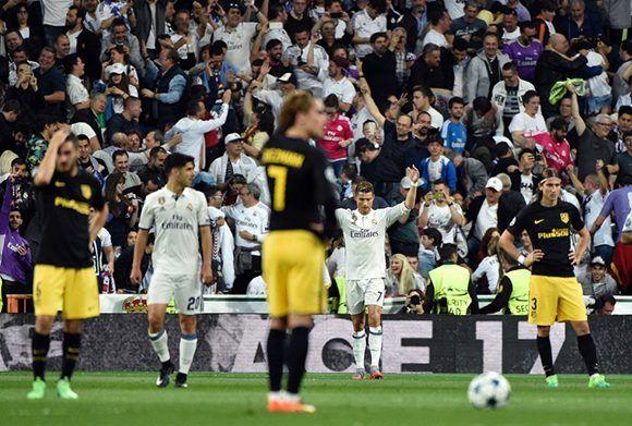 El Madrid acabó con las ilusiones del Altético. Los blancos han eliminado a los colchoneros dos veces en la final y una en cuartos en los últimos años. Esta vez, al parecer triunfarán en semis. Foto: AFP.