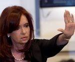 Cristina Fernández de Kichner, ex presidenta de Argentina expreso en una carta que difundió en redes sociales que más de 700 genocidas de la dictadura podrán volver a salir a las calles. Foto: AP.