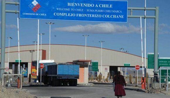 Evo pregunta qué clase de democracia hay en Chile