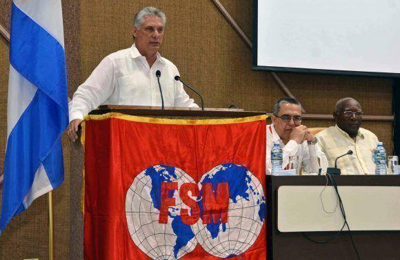 Miguel Díaz-Canel Bermúdez, primer vicepresidente de los Consejos de Estado y de Ministros de Cuba, durante su intervención en la inauguración del Consejo Ejecutivo de la Confederación Sindical Mundial, en el Palacio de las Convenciones, en La Habana, el 3 de mayo de 2017. Foto: ACN/ Marcelino Vázquez.