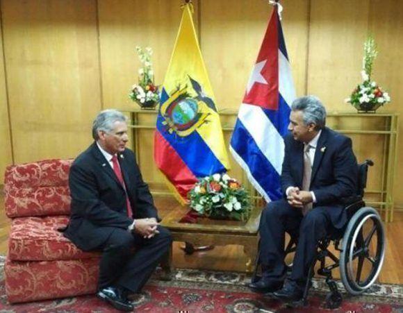 Miguel Díaz-Canel fue recibido por Lenín Moreno en Quito. Foto: CubaMinrex.