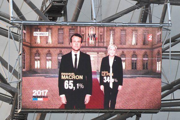 Los resultados fueron presentados en una pantalla gigante en Marseille. Foto: AFP.