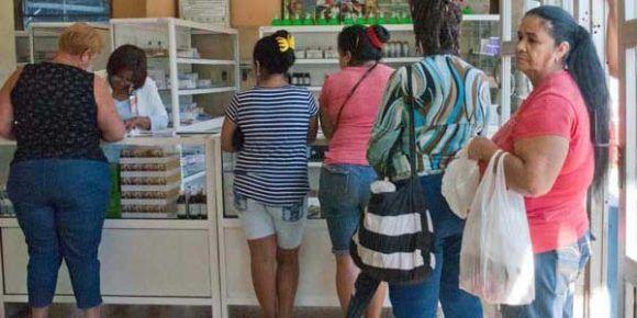 Más de un centenar de cubanos consultados por BOHEMIA expresaron malestar y preocupación ante la falta de medicamentos.