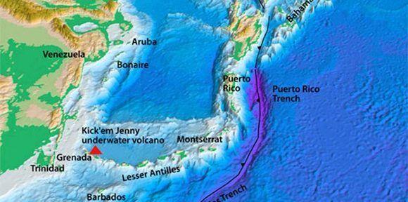 Para que la actividad de un volcán submarino genere un tsunami, la erupción tendría que ser una grande y prolongada. Imagen: USGS.