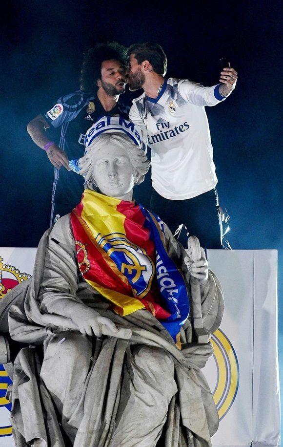 real-madrid-celebra-liga-2