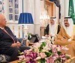 Cabrisas fue recibido por el Rey saudita. Foto: EmbaCuba Arabia Saudita