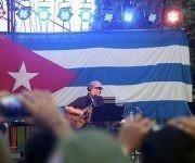 Fue el segundo concierto de Silvio en el municipio San Miguel del Padrón, el anterior fue en el Barrio La Corea. Foto: José Raúl/ Cubadebate.
