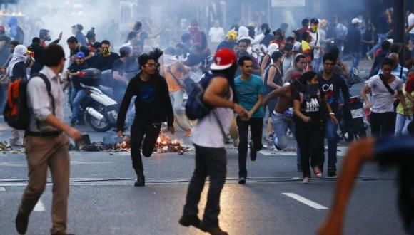 Sectores de la oposición generan violencia en Venezuela. Foto: Archivo.