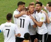 Alemania celebra uno de sus goles contra Camerún. Foto tomada de Marca.