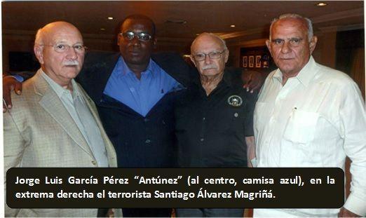 Antúnez junto a Santiago Álvarez Magriñat y otros personeros de Miami.