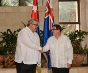 Bruno Rodríguez Parrilla (D), ministro de Relaciones Exteriores de Cuba, recibió a Gerry Brownlee, ministro de Relaciones Exteriores de Nueva Zelandia, en la sede de la cancillería cubana, en La Habana, el 27 de junio de 2017. Foto: ACN/ Marcelino Vázquez.