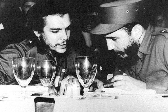 Che y Fidel. Foto: Raúl Corrales/Fidel Soldado de las Ideas.