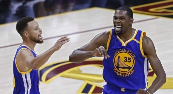 curry-durant-2017-cavaliers-efe