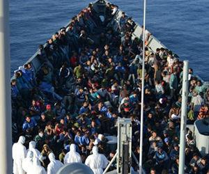 espana-intercepta-migrantes-islas-canarias_medima20151207_0028_24
