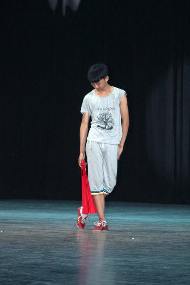 "Ensayo en la Sala Avellaneda del Teatro Nacional, de la obra ""Bello Tianjin"". Foto: Daylén Vega / Cubadebate"