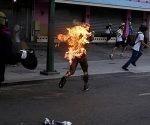 joven-quemado-vivo-en-venezuela-por-elementos-de-la-oposicion