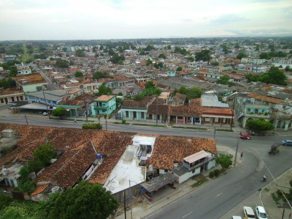La ciudad de Pinar del Río desde la altura de un 12 plantas. Foto: Nixon / Cubadebate
