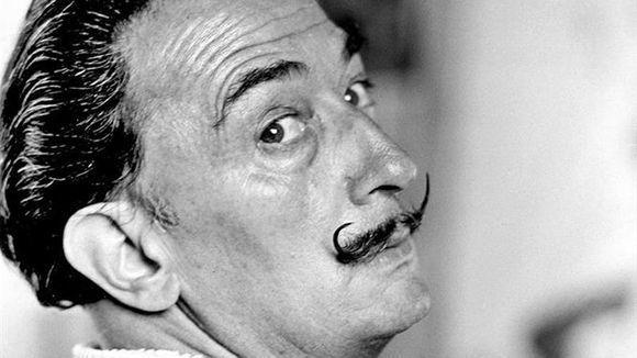 El pintor surrealista Salvador Dalí. Foto tomada de holaciudad.com