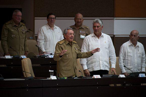 Raúl durante la Sesión Extraordinaria de la Asamblea Nacional. Foto: Irene Pérez/ Cubadebate.