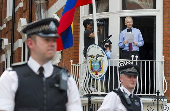 Assange continúa atrapado en un laberinto legal. Foto: Archivo.